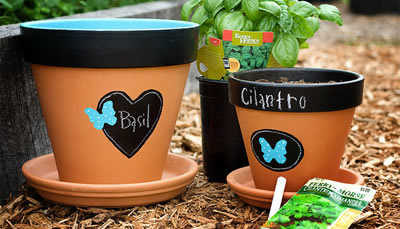 chalkboard-flower-pots-finished_main_banner.jpg