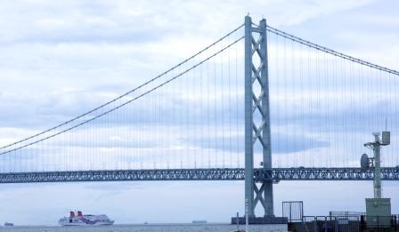 明石大橋を望む2