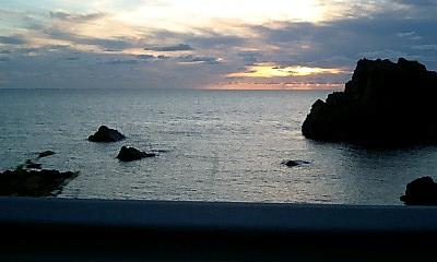 旧岩崎村から日本海をみる