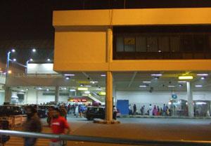 ニューデリーの国際空港