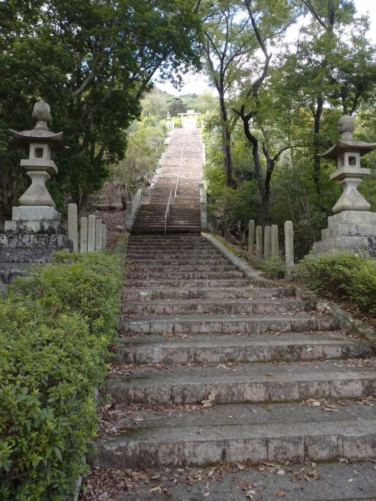 野見宿禰神社階段