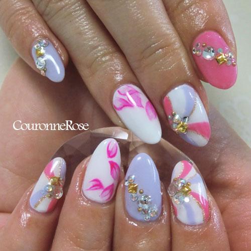 ピンクとパープルのプッチ?ウォーターマーブル風?な柄と、花びら