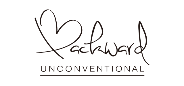 BACKWARDロゴ