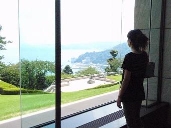 熱海城をのぞむ