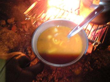 キャンベルのスープを食べる