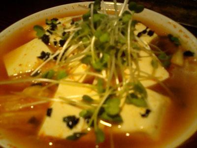 あっさりキムチ湯豆腐(携帯で撮影)