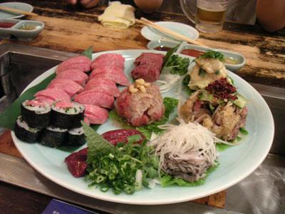 生ものと肉の寿司っす