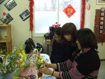 11.4.17生け花体験1