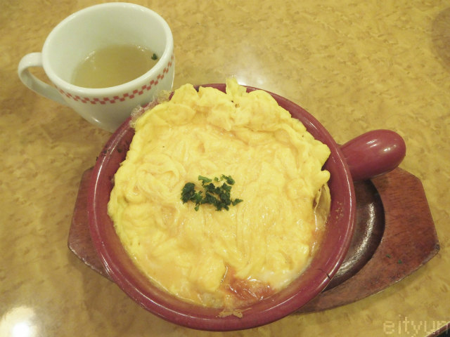 卵と私@オムレツラザニア~WM.jpg