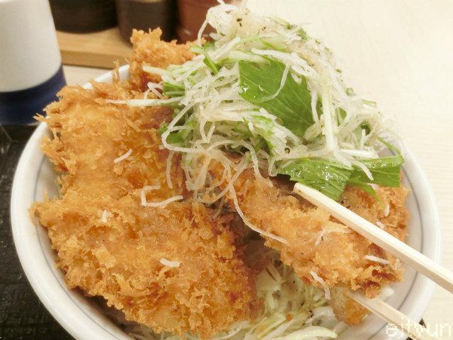 かつや限定@野菜のチキンカツ5~WM.jpg