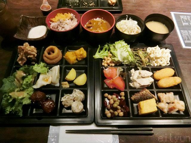 御庭@新宿食~WM.jpg