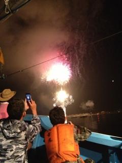 山田町の花火大会を船上で!