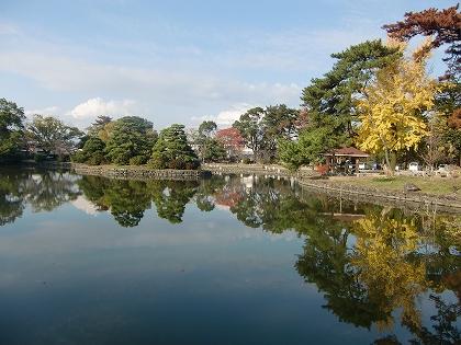 秋の風浪宮外苑