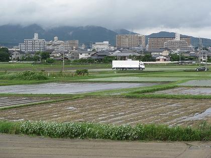 都市化が進む田園
