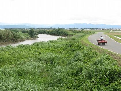 宝満川と古処山系
