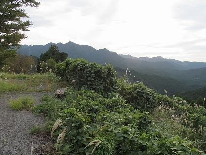 奥八女県境の山々