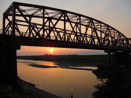片の瀬橋の夕陽