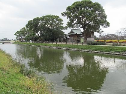 大木町の掘割りと鎮守の森広門神社
