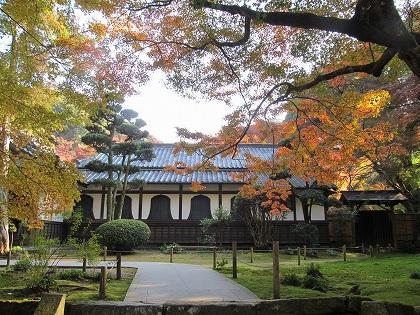 清水寺本坊前の紅葉