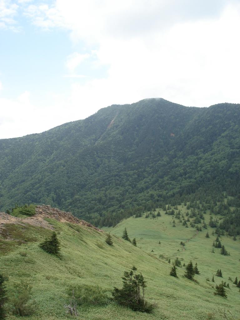 遠景の四阿山2