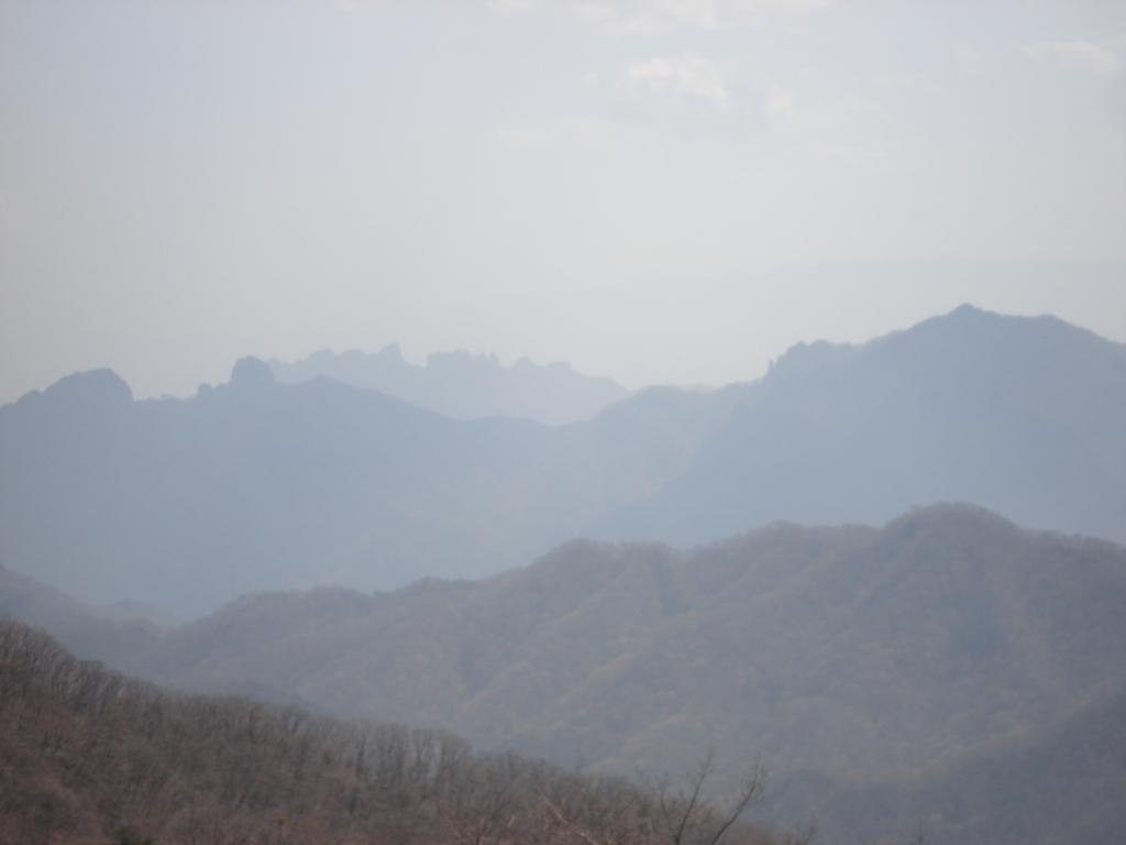 遠景の妙義山