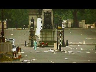 ロンドンひとりぼっち。