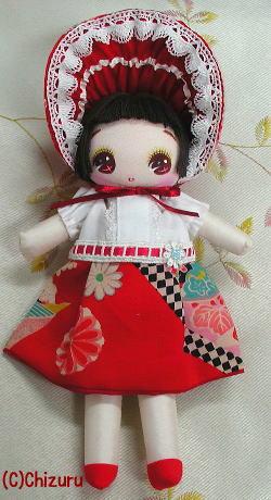 市松柄の服の文化人形