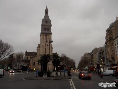 サン・ピエール・ドゥ・モンルージュ教会 Eglise Saint-Pierre-de-Montrouge