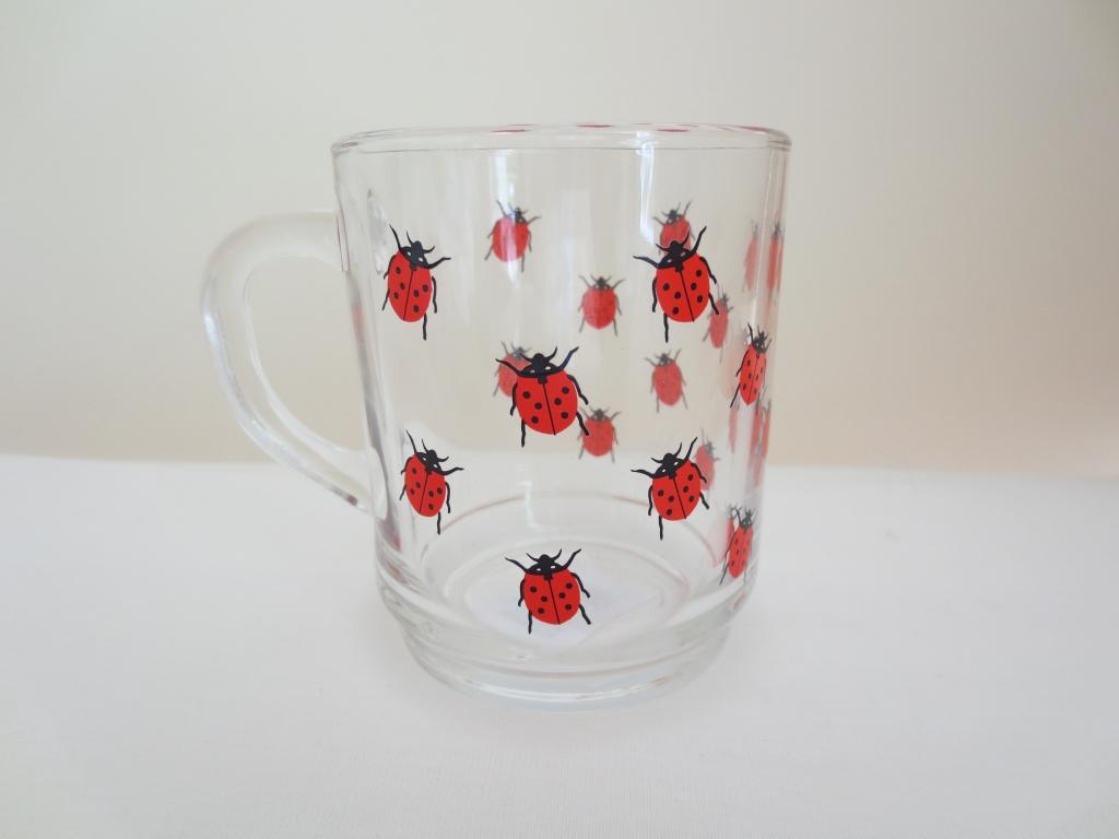 ガラスのマグカップ ケーファー てんとう虫