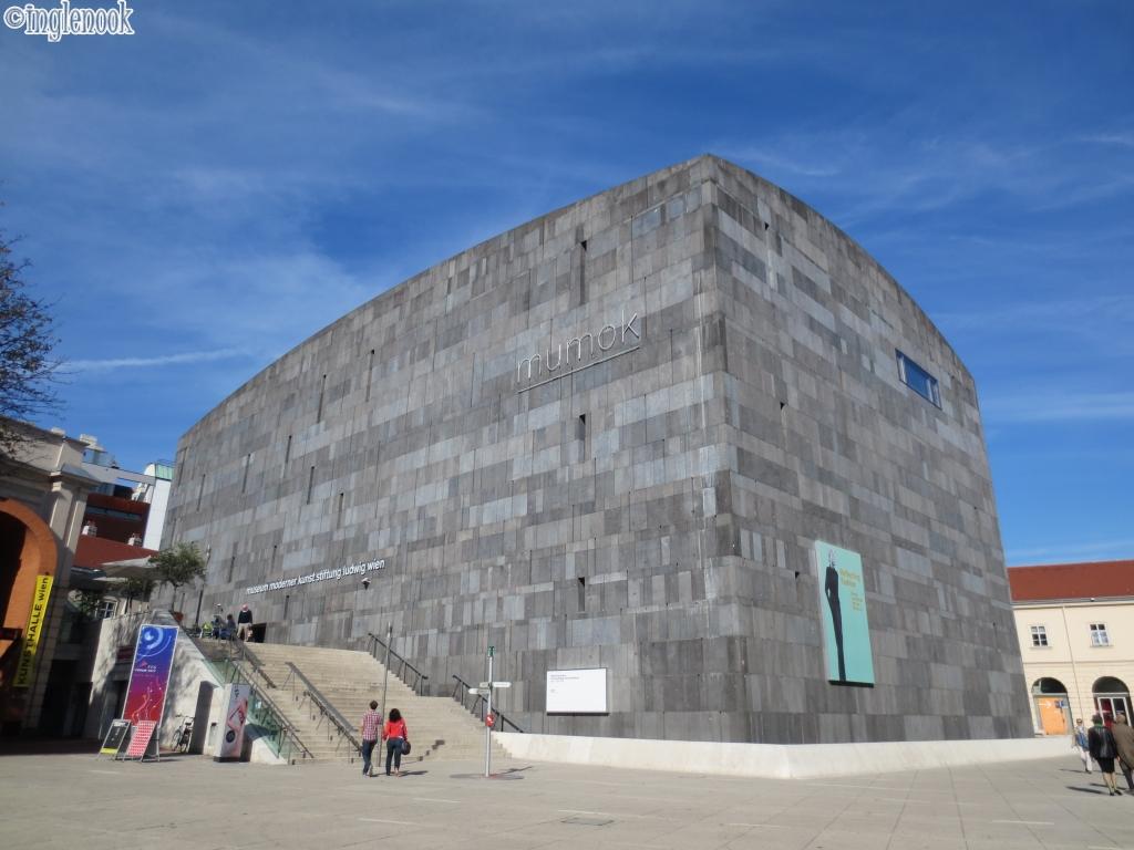 近代美術館 mumok