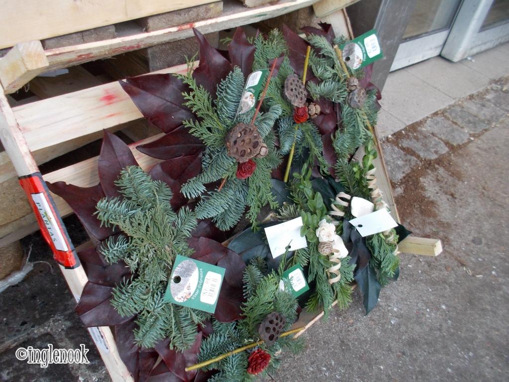 スーパーの店頭で売られるモミの木 デンマーク コペンハーゲン