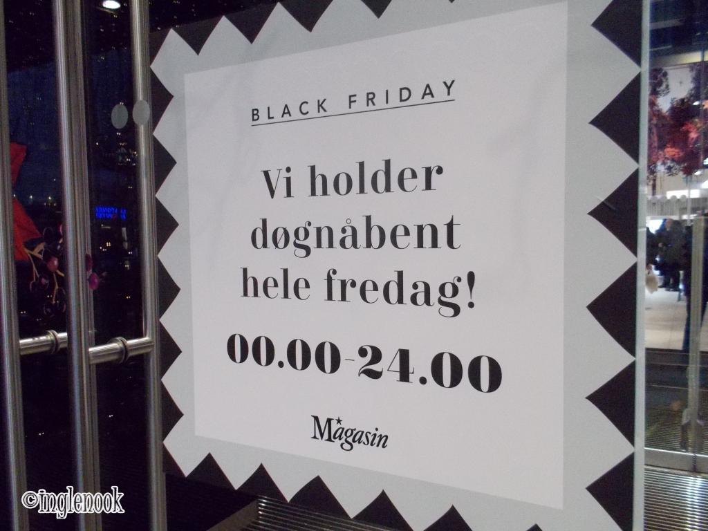 ブラックフライデー 広告 Black Friday