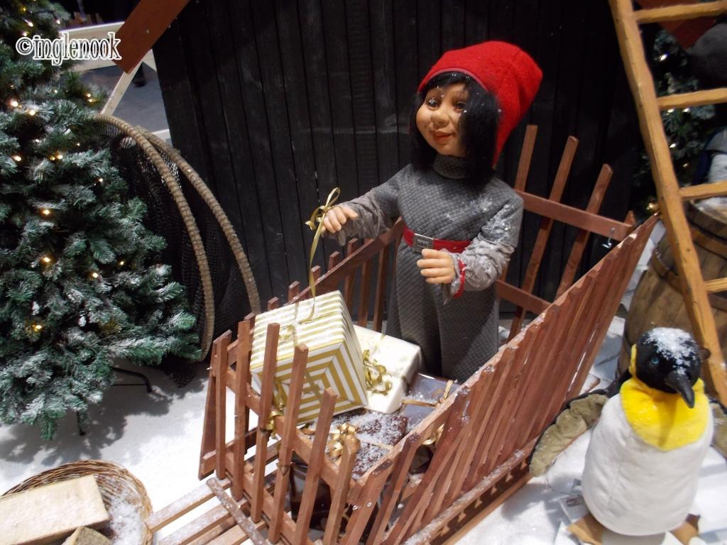 クリスマス デコレーション FRB.C Shopping  動くニッセ