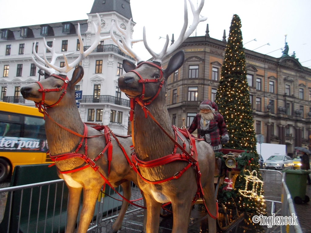 トナカイ コペンハーゲン クリスマスマーケット コンゲンス・ニュートーゥ広場 Kongens Nytorv