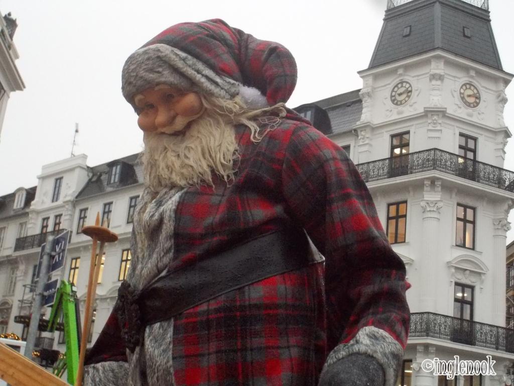 サンタクロース コペンハーゲン クリスマスマーケット コンゲンス・ニュートーゥ広場 Kongens Nytorv