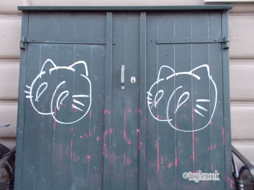 落書き 猫 ねこ コペンハーゲン おしりたんてい