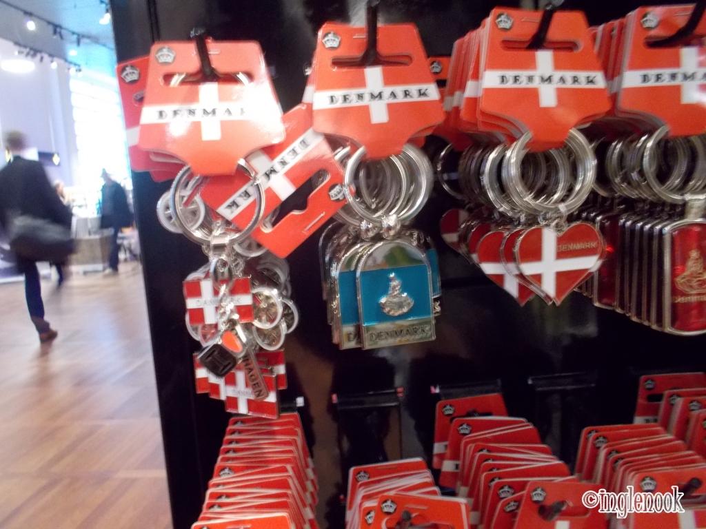 キーホルダー お土産 ハート デンマーク国旗