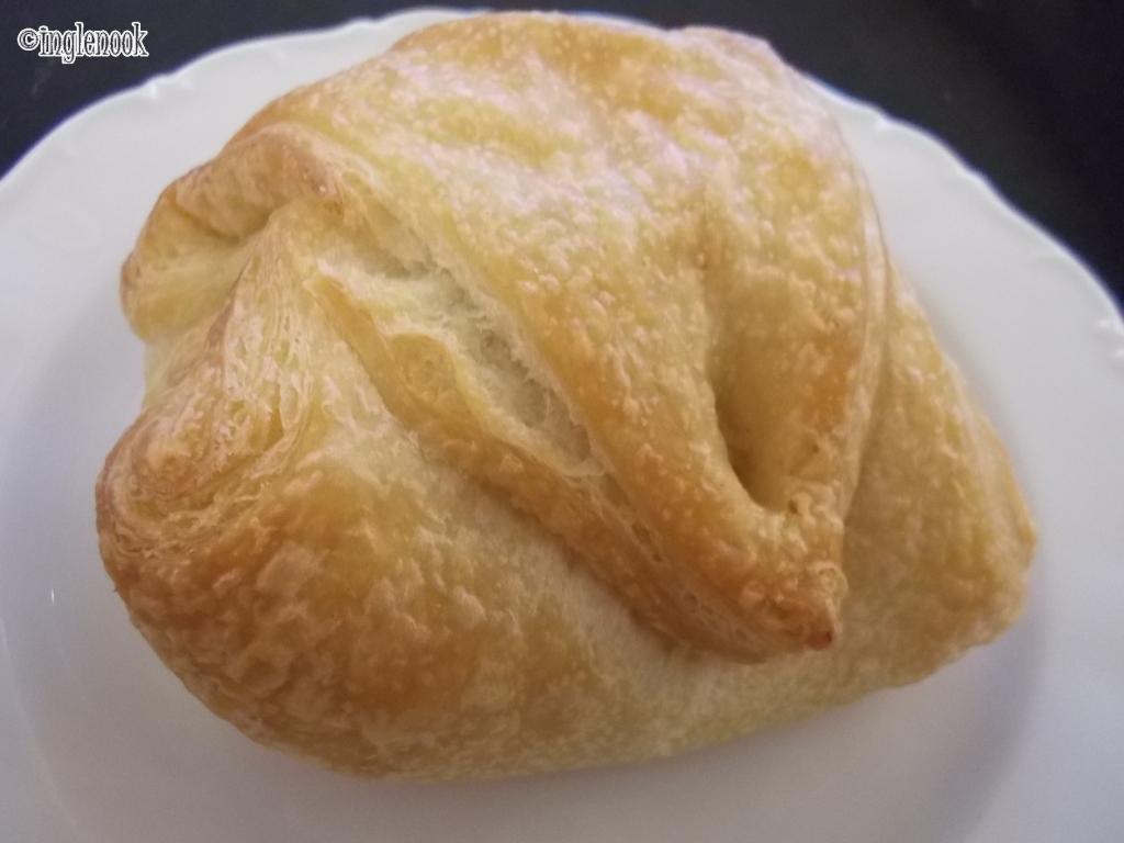 羊のチーズパン マイアスモック Kohvik Maiasmokk 一番古いカフェ
