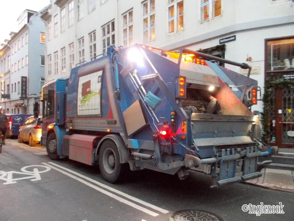 ゴミ収集車 デンマーク コペンハーゲン