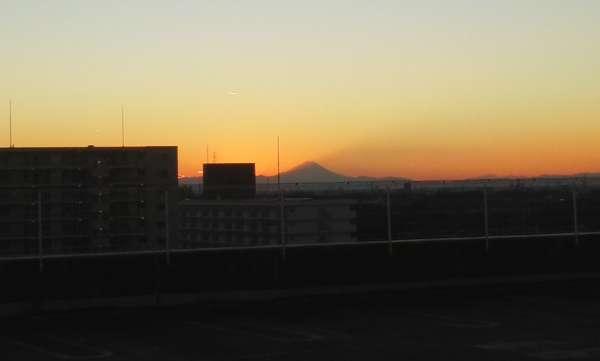 元日の富士山(携帯で撮影)