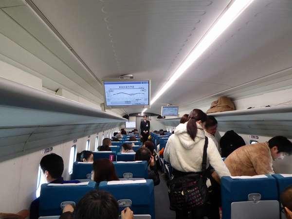 車内は秋田新幹線?程度