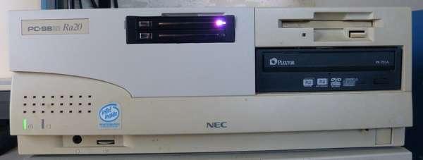 PC9821Ra20 SanDiskSSD ガチャポンパッ アクセスランプ