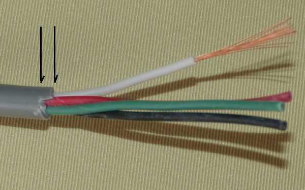 ケーブルストリッパーMC-012でケーブルを剥いてみた、シースに段差が出来るので「趣味で使うのは良いけど、業務用は無理かも」(VCTF0.5x4C)
