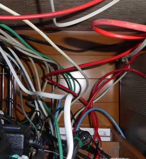 整理後のLANケーブル