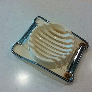 ゆで卵カッター