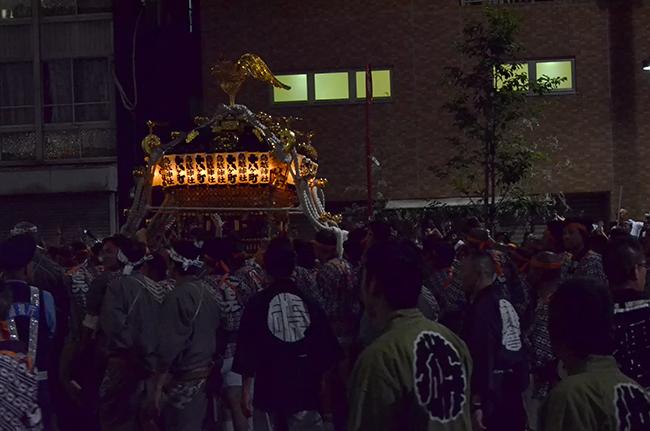 鳥越まつり本社神輿渡御