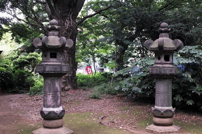 上野東照宮の石灯籠