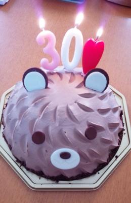 かわいいクマさんのチョコレートケーキ!ろうそくつき!(笑)