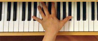 1オクターヴの「シ♭」と「シ♭」