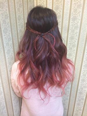 温かみのあるブラウン〜淡いピンクベージュ系グラデーションカラー♫ ふんわり柔らかで美味しそうな色合いです。 根元の地毛は活かしつつ、中間を馴染むようブラウン系